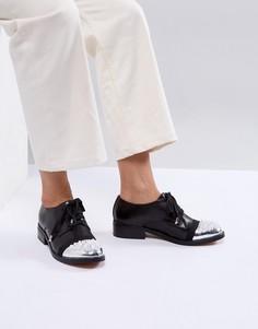 Кожаные премиум-туфли на плоской подошве с отделкой ASOS WHITE CAMELLIA - Черный