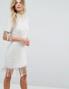 Облегающее платье мини с бахромой и отделкой искусственным жемчугом ASOS - Кремовый