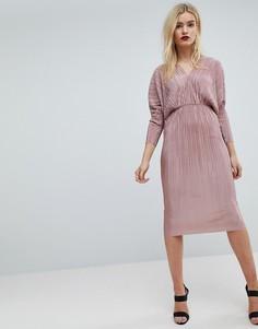 Плиссированное платье миди с V-образным вырезом и рукавами летучая мышь ASOS - Розовый