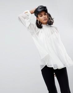 Свободная блузка с высоким воротником ASOS - Белый