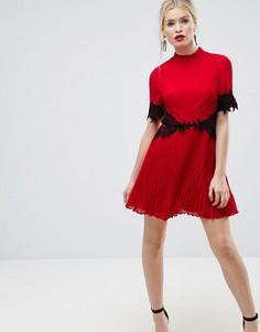 Платье мини с кружевной отделкой и плиссированной юбкой ASOS - Красный
