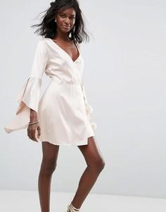 Атласное платье с рукавами клеш Majorelle Hex - Розовый
