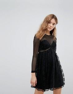 Кружевное платье со складками и сеткой New Look - Черный