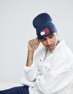 Темно-синяя шапка-бини с логотипом-флажком в стиле 90-х Tommy Jeans Capsule - Темно-синий