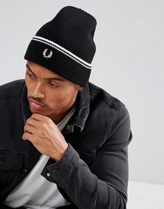 Черная шапка-бини с добавлением овечьей шерсти и отделкой Fred Perry - Черный
