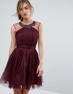 Декорированное короткое приталенное платье для выпускного Little Mistress - Красный