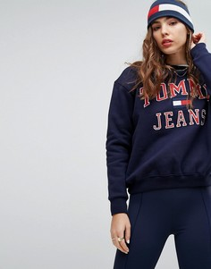 Свитшот в стиле 90-х с логотипом Tommy Jeans Capsule - Темно-синий