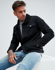 Черная джинсовая куртка с воротником из искусственного меха boohooMAN - Черный