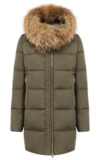 Куртка с отделкой мехом енота La Reine Blanche