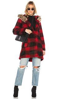 Пальто с меховой отделкой на капюшоне lia - BB Dakota