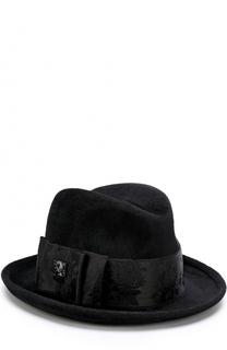 Фетровая шляпа с атласной лентой и брошью Philip Treacy