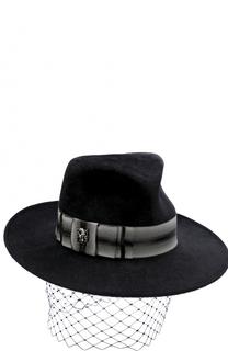 Вечерняя фетровая шляпа с декором Philip Treacy