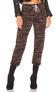 Спортивные брюки camo - MONROW