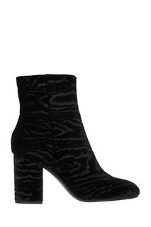 Черные ботильоны из текстиля Lola Cruz