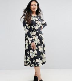 Короткое приталенное платье с цветочным принтом Club L Plus - Черный