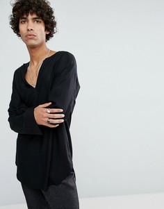Длинная черная рубашка классического кроя из вискозы с V-образным вырезом ASOS - Черный