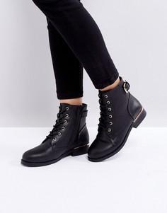 Ботильоны на плоской подошве со шнуровкой Boohoo - Черный