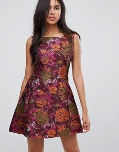 Жаккардовое короткое приталенное платье Ax Paris Jacquard Skater Dres - Фиолетовый