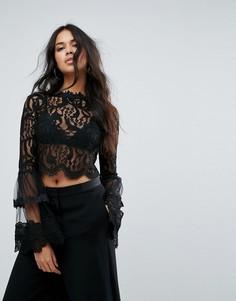 Кружевная блузка с расклешенными рукавами Missguided - Черный