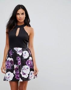 Платье с вырезом капелькой и цветочным принтом на юбке Wal G - Черный