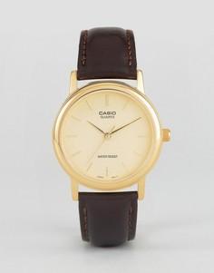 Часы с коричневым кожаным ремешком Casio MTP1095Q-9A - Коричневый