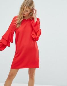 Платье с ярусными оборками на рукавах New Look - Красный