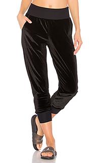 Свободные бархатные брюки hazy - Maaji