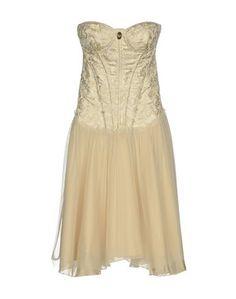 Короткое платье Celyn B.