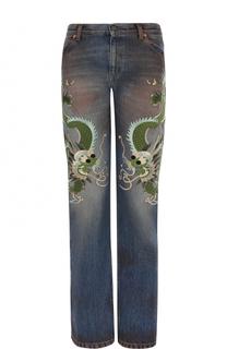 Джинсы прямого кроя с потертостями и вышивкой Gucci