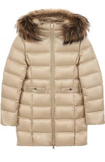 Пуховое пальто с меховой отделкой на капюшоне Herno