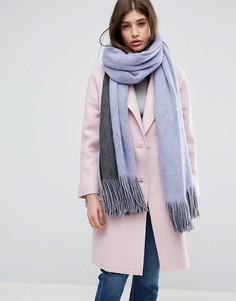 Длинный супермягкий вязаный шарф в стиле колор блок с кисточками ASOS - Фиолетовый