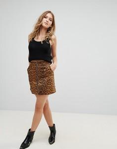 Мини-юбка из искусственной замши с леопардовым принтом Wyldr Stranger Things - Коричневый