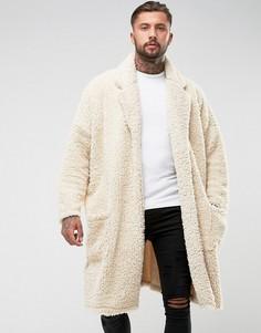 Легкое оверсайз-пальто из искусственного меха ASOS - Бежевый