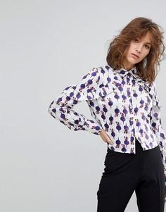 Укороченая блузка с оборками на плечах и принтом Lost Ink - Мульти