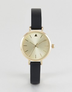 Часы с гравированным корпусом и кожаным ремешком ASOS Premium - Черный
