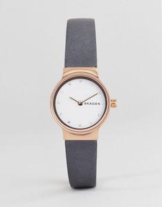 Часы с темно-синим кожаным ремешком Skagen SKW2669 Freja - Темно-синий