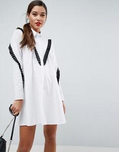 Платье-рубашка А-силуэта с контрастной оборкой ASOS - Белый