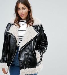 Байкерская куртка из фактурной искусственной кожи с подкладкой и отделкой из искусственного меха ASOS CURVE - Черный