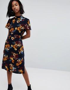 Платье миди с высоким воротом и цветочным принтом Boohoo - Мульти