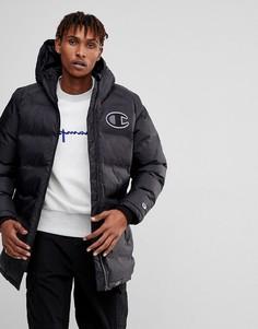 Удлиненная дутая куртка с логотипом Champion - Черный