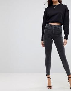 Черные джинсы скинни с завышенной талией и необработанными краями ASOS RIDLEY - Черный