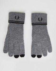 Темно-серые перчатки с добавлением овечьей шерсти и отделкой Fred Perry - Серый