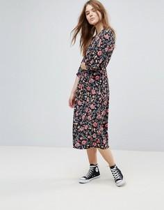 Платье миди с рукавами три четверти и цветочным принтом Influence - Мульти