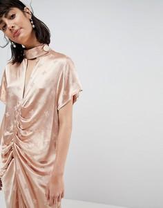 Платье миди с цветочным принтом и присборенной отделкой ASOS WHITE - Розовый