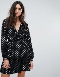 Чайное платье в горошек PrettyLittleThing - Черный