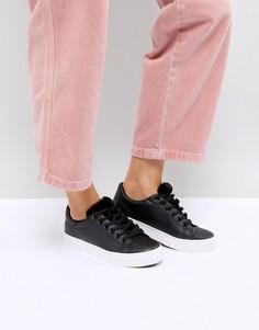 Кроссовки на шнуровке с меховой отделкой New Look - Черный