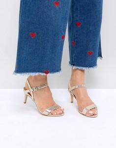 Блестящие босоножки на низком каблуке из 2-частей New Look - Золотой