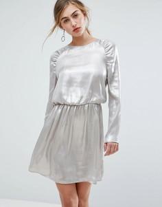 Платье мини с длинными рукавами и сборками на плечах Ivyrevel - Серебряный