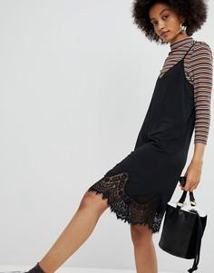 Платье на бретельках с кружевной отделкой Pieces - Черный