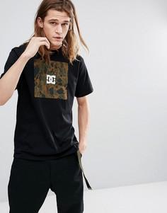 Футболка с логотипом и камуфляжным принтом DC Shoes - Черный
